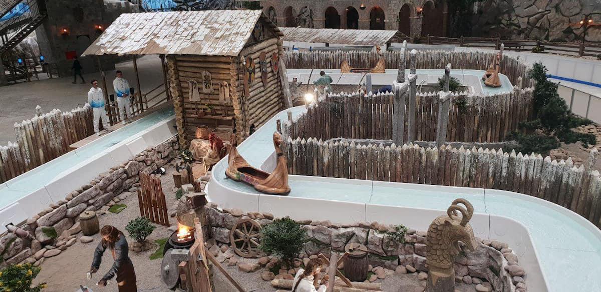 Christmas, Ice Rinks & Ice Sculpture Experiences 12