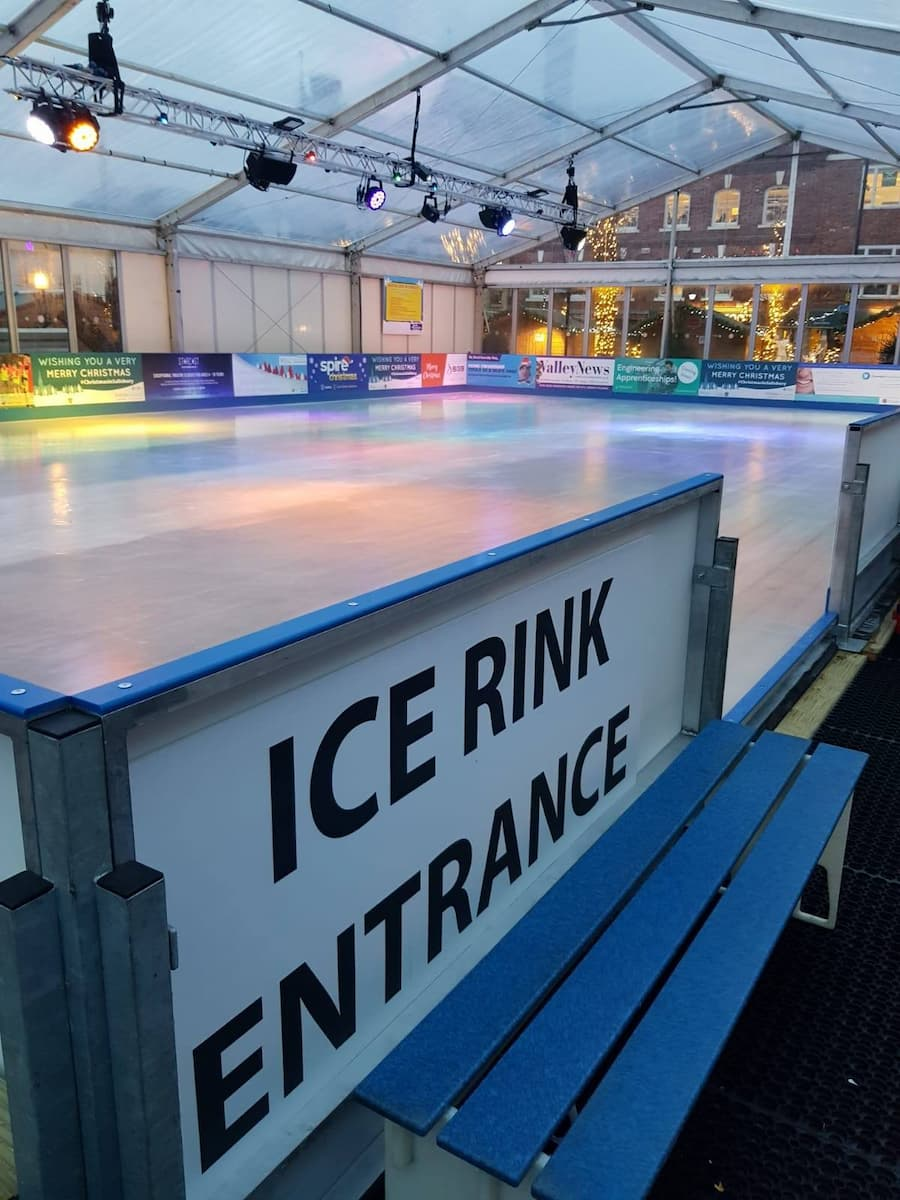Christmas, Ice Rinks & Ice Sculpture Experiences 17