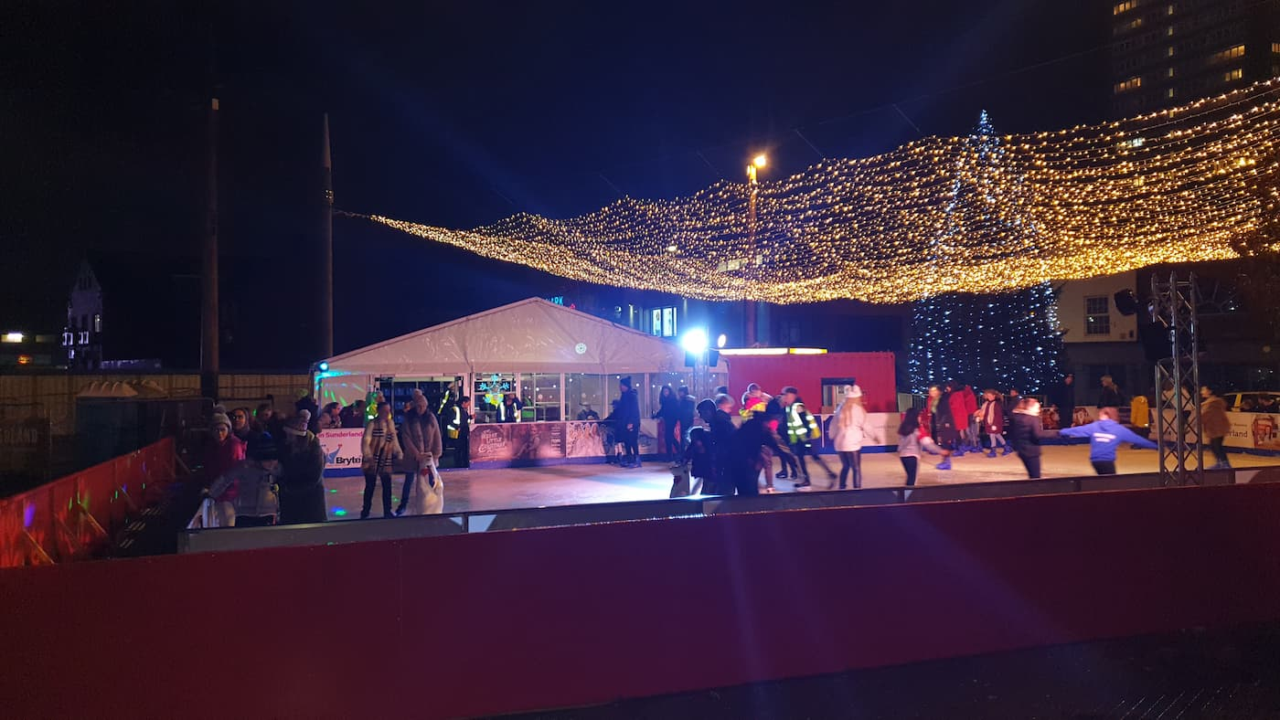 Christmas, Ice Rinks & Ice Sculpture Experiences 3