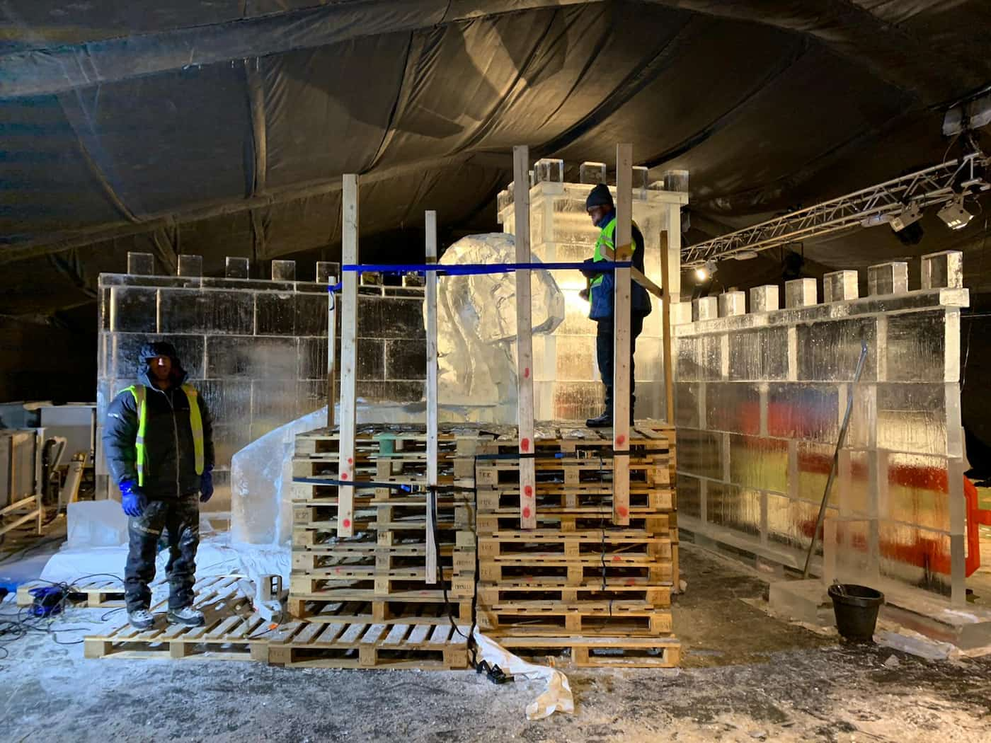 Christmas, Ice Rinks & Ice Sculpture Experiences 7