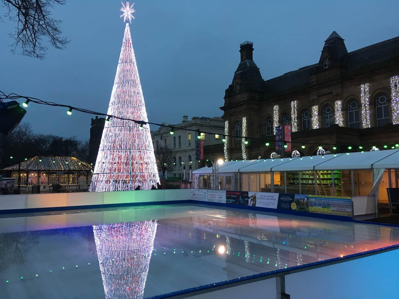 Christmas, Ice Rinks & Ice Sculpture Experiences 9
